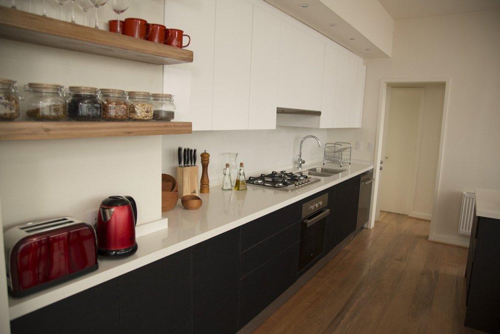 cocina cachagua blanco y negro